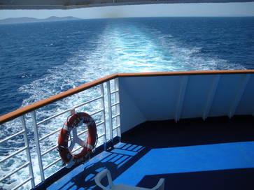 ferry-sillage.1285438189.jpg