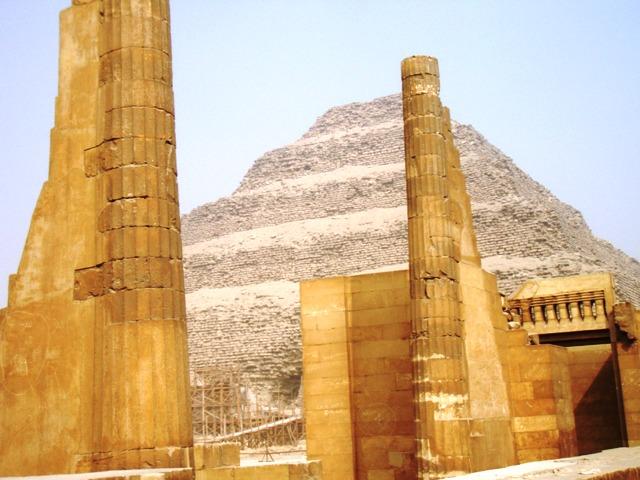 egypte-oasis-2010-mp-005saqqara-copie.1294907563.JPG