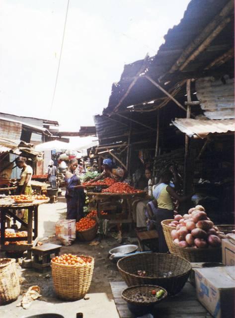 Dantokpa : étals alimentaires