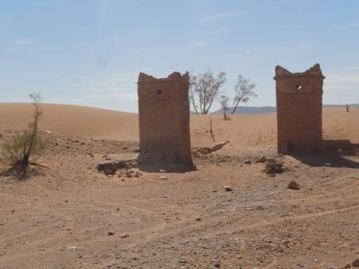 la ville ensablée au sud de Tamgroute