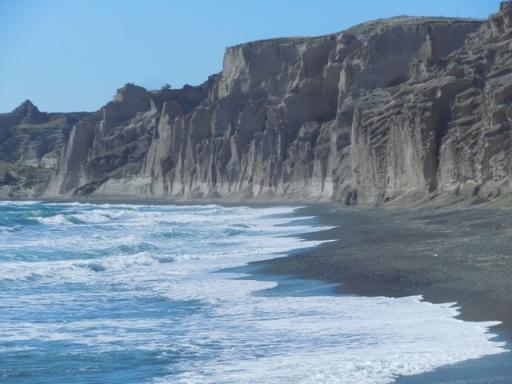 Vilchada : falaise de ponces rongée par l'érosion