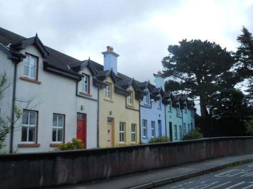 maisons pastels de Letterfrack
