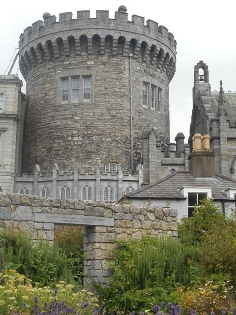 Chateau de Dublin : tour médiévale