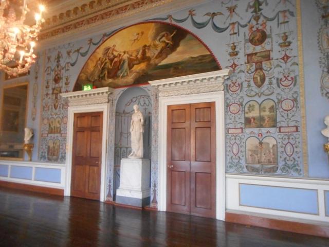 Salle de réception style pompéien
